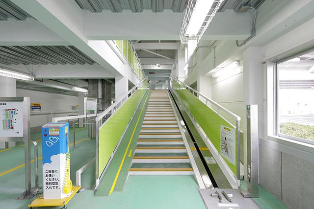 姫路駅西口自転車駐車場